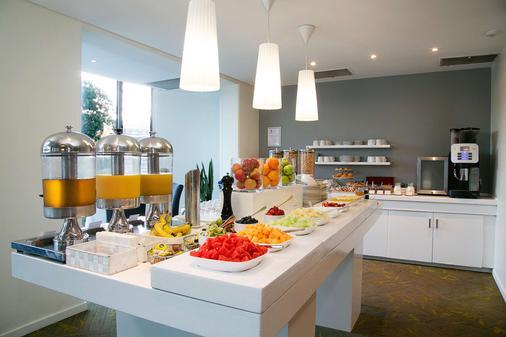 阿波羅國際品質酒店 - 查爾斯敦 - 紐卡斯爾 - 自助餐