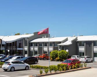 Best Western Plus Apollo International - Newcastle - Building