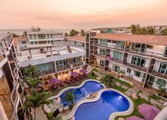 Hotel Rockaway - Puerto Escondido - Building