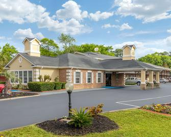 Quality Inn and Suites - Lexington (South Carolina) - Gebouw