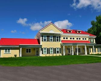 The Whittaker Inn - West Lafayette - Building