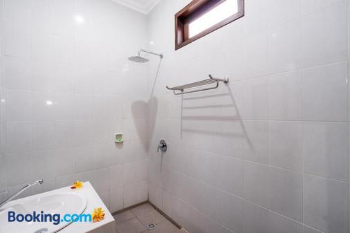 Pondok Jenggala - Nusa Penida - Bathroom