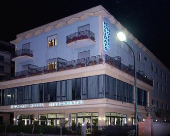 Hotel Holidays - Torre del Greco - Gebäude