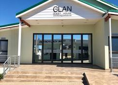 The Clan Guest House - Maseru - Building