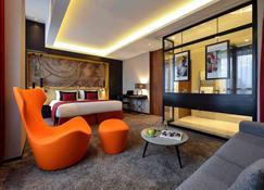 Grand Hotel La Cloche Dijon MGallery - Dijon - Bedroom