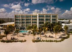 The Sea Lord Hotel & Suites - Lauderdale-by-the-Sea - Building