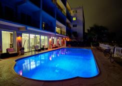 The Sea Lord Hotel & Suites - Lauderdale-by-the-Sea - Pool