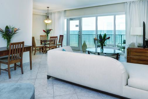 The Sea Lord Hotel & Suites - Lauderdale-by-the-Sea - Living room