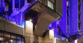 سانت جيلز لندن - فندق سانت جيلز - لندن - مبنى