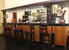 Swiss-Belhotel Borneo Samarinda - Samarinda - Bar