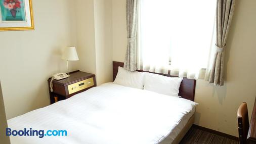 Hotel Green With - Sendai - Bedroom