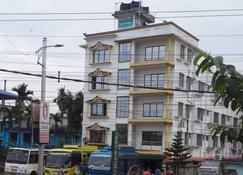 Hotel Greenwood - Siliguri - Building