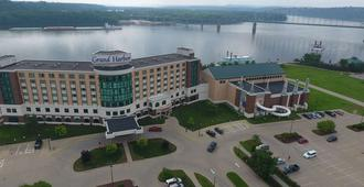 Grand Harbor Resort and Waterpark - Dubuque