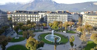 Hotel d'Angleterre Grenoble Hyper-Centre - Grenoble - Outdoor view