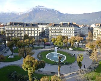 Hotel d'Angleterre Grenoble Hyper-Centre - Grenoble - Outdoors view
