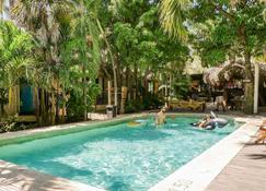 Selina Puerto Escondido - Puerto Escondido - Pool