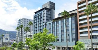 Hotel Micuras - אטאמי - בניין