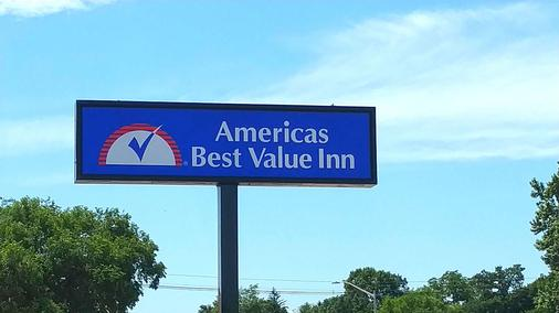 Americas Best Value Inn Webster City - Webster City - Außenansicht
