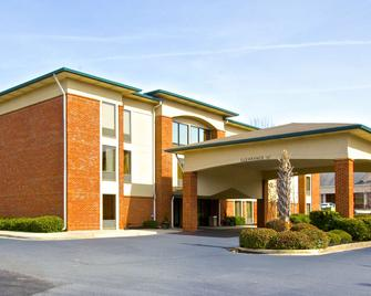 Country Inn & Suites by Radisson, Alpharetta, GA - Alpharetta - Building