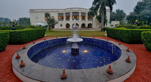 Taj Nadesar Palace,Varanasi - Vārānasi - Bar