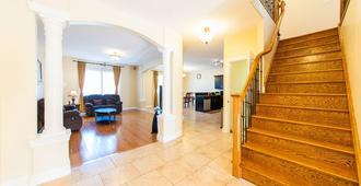 Hb Guest Home 4 - Saint Agatha - Stairs