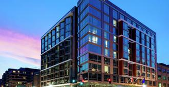 Hilton Garden Inn Washington DC/Georgetown Area - Washington - Rakennus