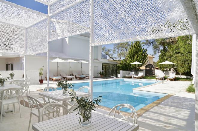 Racconto Boutique Design Hotel - Adults Only - Párga - Uima-allas