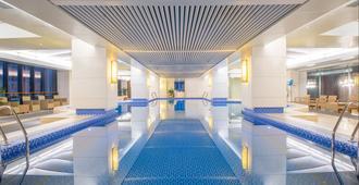 Holiday Inn Hangzhou Cbd - Hangzhou - Pool