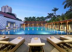 Century Park Hotel - Τζακάρτα - Πισίνα
