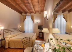 Hotel Marco Polo - Verona - Schlafzimmer