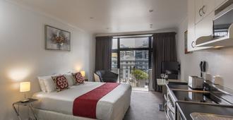 Quest on the Terrace - Wellington - Bedroom