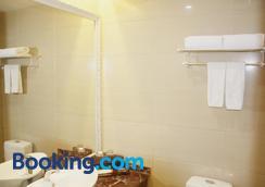 雅約臻品酒店上海錦樹店 - 上海 - 浴室
