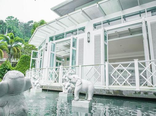 Krabi Tipa Resort - Krabi - Rakennus