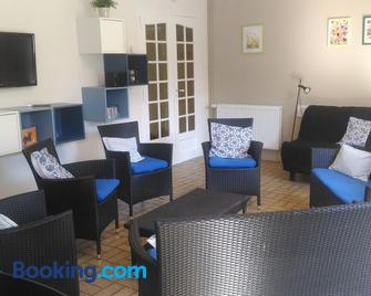 Au cèdre bleu - Saint-Martin-Boulogne - Living room