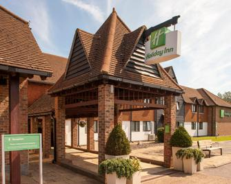 Holiday Inn Ashford - Central - Ashford (Kent) - Building