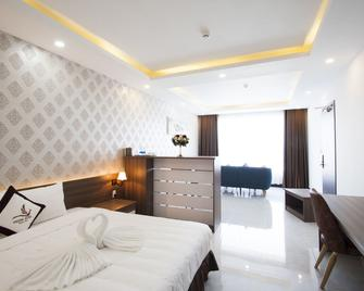Phung Hung Boutique Hotel - An Thoi - Bedroom