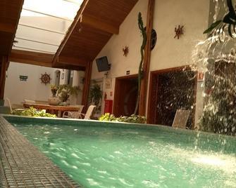 Hotel Casa Branca - Guaruja - Zwembad