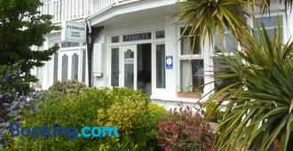 Pebbles Guest House - Southend-on-Sea