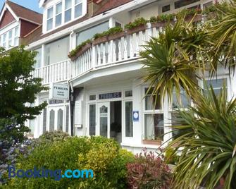 Pebbles Guest House - Southend-on-Sea - Building