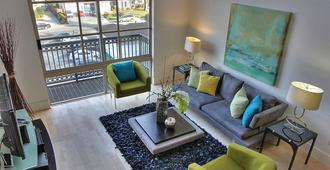 Santana Row Luxury Executive Loft 2br/1,5bath - San Jose - Wohnzimmer