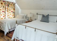Modern Cabin By Bear Lake - Cookeville - Bedroom