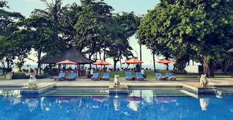 Mercure Resort Sanur - דנפסאר - בריכה