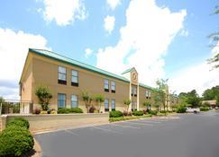 Best Western Plus Edison Inn - Garner - Building
