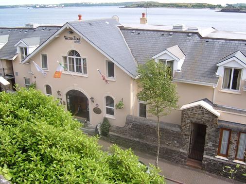 Watersedge Hotel - Cobh - Edificio