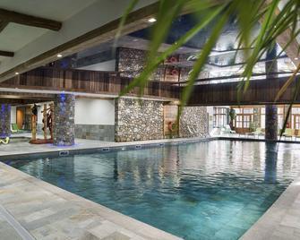Cgh Résidences & Spas Le Kalinda - Tignes - Pool