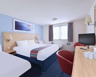 Travelodge Cardiff M4 - Pontyclun - Schlafzimmer