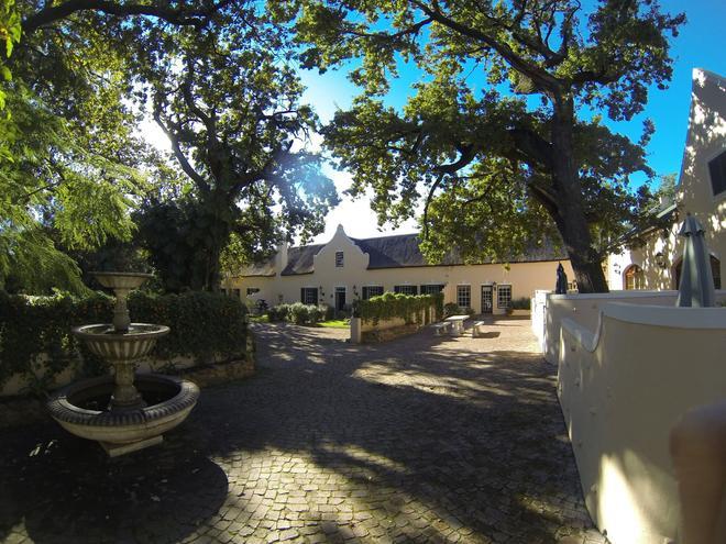 De Leeuwenhof Hotel/Guesthouse - Paarl - Näkymät ulkona