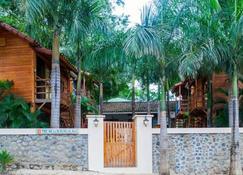 The Beach Bungalows - Tamarindo - Baño
