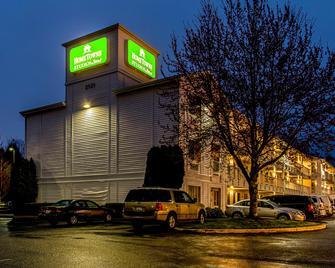 HomeTowne Studios Tacoma - Puyallup - Puyallup - Edificio