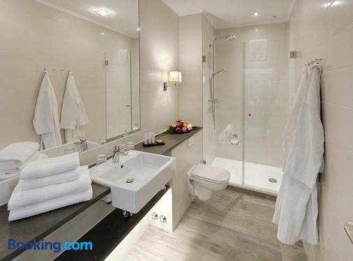 Hotel Max am Meer Kühlungsborn - Kuehlungsborn - Bathroom
